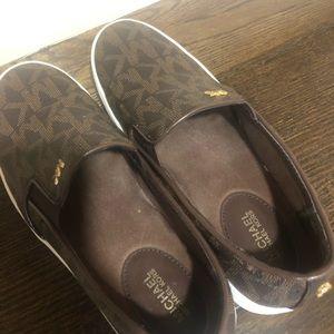 Keaton Slip-On Logi sneakers